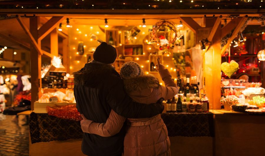 This Valentine's Day Choose the Right Lighting for Romance